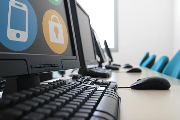 Social Cyber Aware